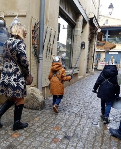 เด็กๆใส่คอสตูม Gladiator